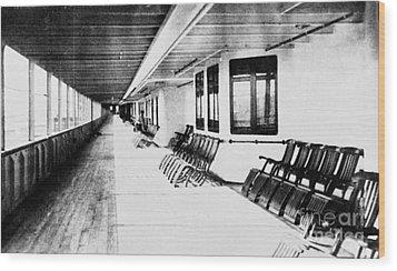 Titanic: Promenade Deck Wood Print by Granger