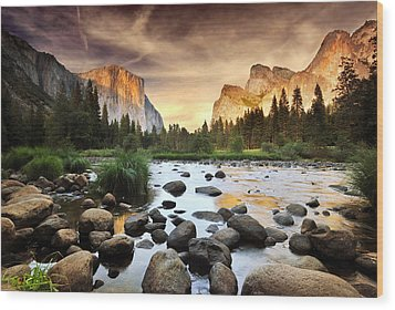Valley Of Gods Wood Print by John B. Mueller Photography