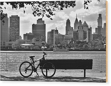 View Of Philadelphia  Wood Print by Andrew Dinh