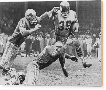 Viking Mcelhanny Gets Tackled Wood Print by Underwood Archives