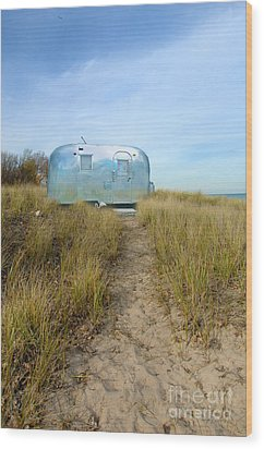 Vintage Camping Trailer Near The Sea Wood Print by Jill Battaglia