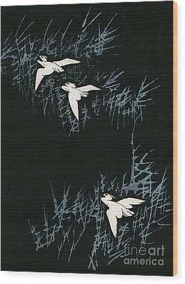 Vintage Japanese Illustration Of Three Cranes Flying In A Night Landscape Wood Print by Japanese School