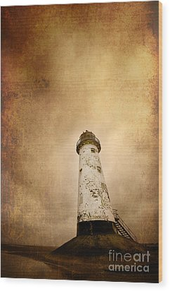 Vintage Lighthouse Wood Print by Meirion Matthias