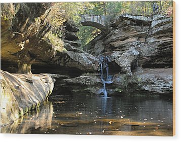 Waterfall At Old Man Cave Wood Print by Larry Ricker