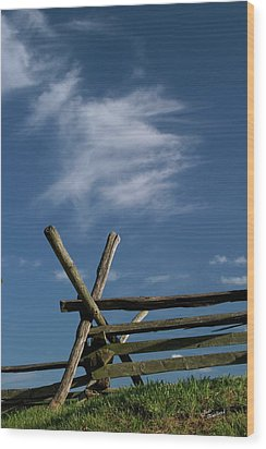 Weathered Fence Wood Print by Judi Quelland