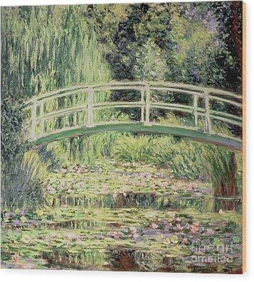 White Nenuphars Wood Print by Claude Monet