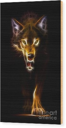 Wolf Ready To Attack Wood Print by Pamela Johnson