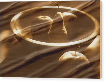 Wooden Bowl With Fruit Wood Print by Toni Hopper