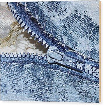 Zipper In Blue Wood Print by Nancy Mueller