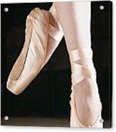 Ballet Dancer En Pointe Acrylic Print by Don Hammond