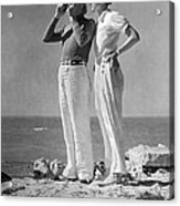 Couple On The Maine Shore Acrylic Print by Underwood Archives