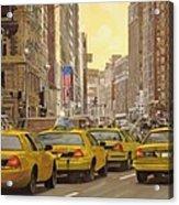 taxi a New York Acrylic Print by Guido Borelli