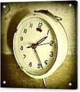 Vintage Clock Acrylic Print by Les Cunliffe