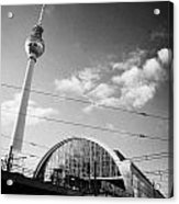 berliner fernsehturm Berlin TV tower symbol of east berlin and the Alexanderplatz railway station Acrylic Print by Joe Fox