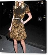 Kate Bosworth Wearing A Burberry Acrylic Print by Everett