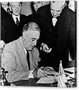 Roosevelt Signing Declaration Of War Acrylic Print by Photo Researchers