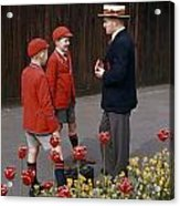 Schoolboys Chat With A Master At Kings Acrylic Print by Franc Shor
