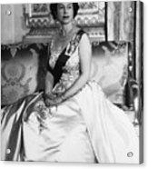 British Royalty. Queen Elizabeth II Acrylic Print by Everett