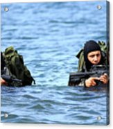 Buds Students Wade Ashore During An Acrylic Print by Stocktrek Images