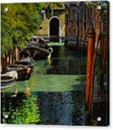 il palo rosso a Venezia Acrylic Print by Guido Borelli