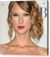 Taylor Swift In The Press Room Acrylic Print by Everett