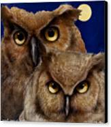 A Great Pair Of Hooters... Canvas Print by Will Bullas