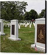 Arlington National Cemetery - 01138 Canvas Print by DC Photographer
