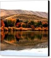 Autumn Glow On The Yakima River Canvas Print by Carol Groenen