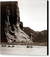 Canonde Chelly Az 1904 Canvas Print by Edward S Curtis
