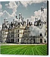 Chateau De Chenonceau Canvas Print by Diana Angstadt