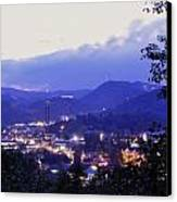 Dawn Of Gatlinburg Canvas Print by Nian Chen