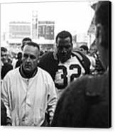 Jim Brown The Great Leaving The Field Canvas Print by Retro Images Archive