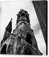 Kaiser Wilhelm Gedachtniskirche Memorial Church Next To The New Church Berlin Germany Canvas Print by Joe Fox