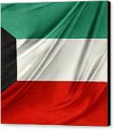Kuwait Flag  Canvas Print by Les Cunliffe