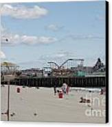 Labor Day At The Pier  Canvas Print by Laura Wroblewski