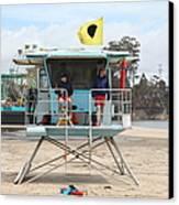 Lifeguard Shack At The Santa Cruz Beach Boardwalk California 5d23713 Canvas Print by Wingsdomain Art and Photography