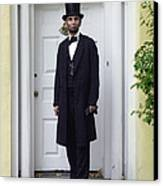Lincoln Leaving A Building 2 Canvas Print by Ray Downing