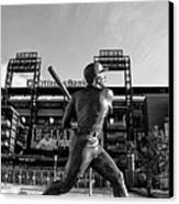 Mike Schmidt Statue In Black And White Canvas Print by Bill Cannon