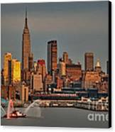 New York City Sundown On The 4th Canvas Print by Susan Candelario