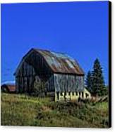Old Broken Down Barn In Ohio Canvas Print by Dan Sproul
