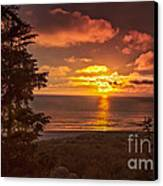Pacific Sunset Canvas Print by Robert Bales