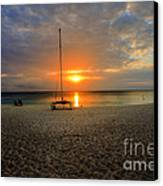 powder-white sand of Seven Mile Beach Canvas Print by Dan Friend