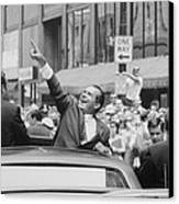 President Nixon Pointing At The Crowd Canvas Print by Everett