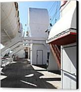 Queen Mary - 121213 Canvas Print by DC Photographer