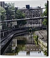 Schuylkill Canal In Manayunk Canvas Print by Bill Cannon