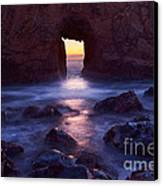 Sunset On Arch Rock In Pfeiffer Beach Big Sur In California. Canvas Print by Jamie Pham