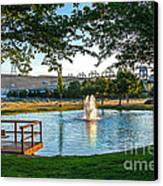 Umatilla Fountain Pond Canvas Print by Robert Bales