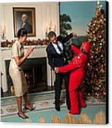 President And Michelle Obama Greet Canvas Print by Everett