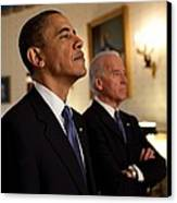 President Obama And Vp Biden Canvas Print by Everett