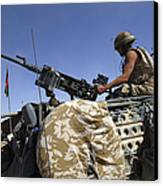 A Soldier Of The British Army Mans Canvas Print by Andrew Chittock